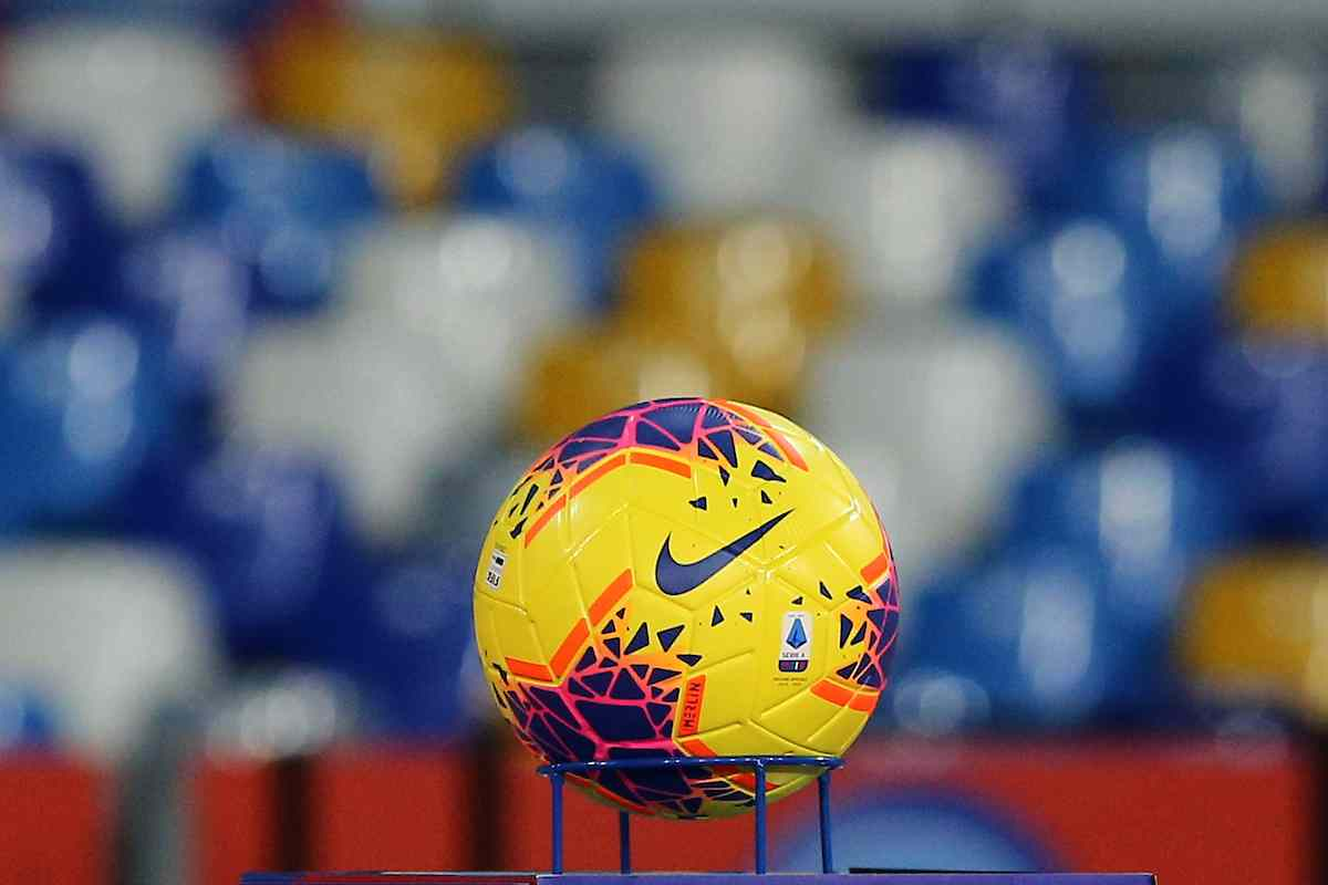 Calcio Serie A, B e C da concludere entro il 20 agosto. Stop ai dilettanti